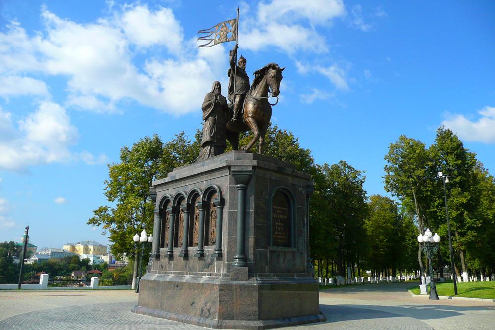 Памятник святителям Владимирской земли
