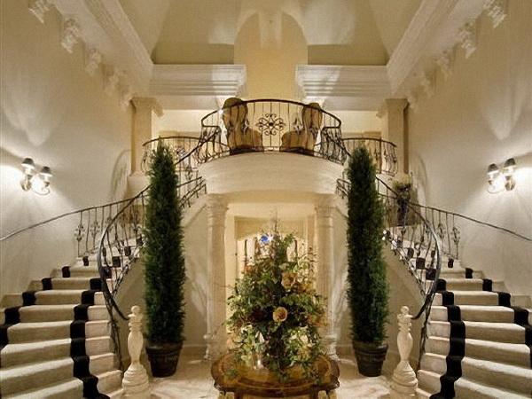 for Escaleras de casas de lujo